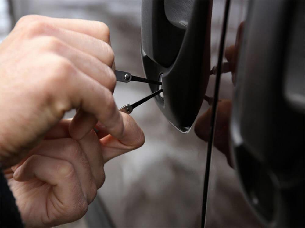 Car Key Extraction Morgan Hill